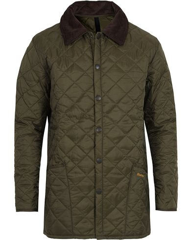 Barbour Lifestyle Classic Liddesdale Jacket Olive i gruppen Jackor / Quiltade Jackor hos Care of Carl AB (10004711r)