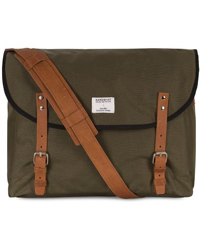 Sandqvist Erik Messenger Bag Cordura Green i gruppen V�skor / Axelv�skor hos Care of Carl (10345010)