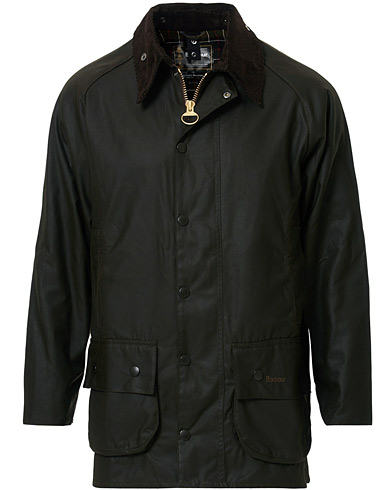 Barbour Lifestyle Classic Beaufort Jacket Olive i gruppen Jakker / Voksede jakker hos Care of Carl (10004211r)