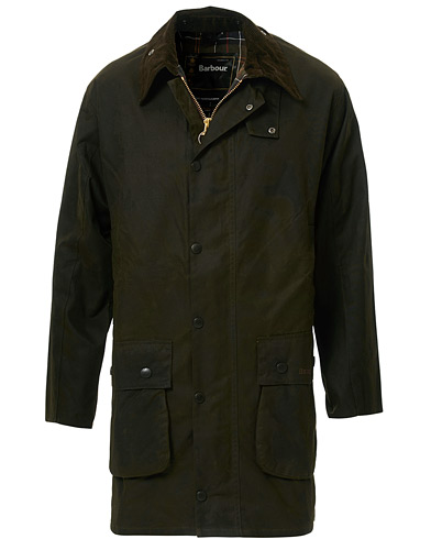 Barbour Lifestyle Classic Northumbria Jacket Olive i gruppen Klær / Jakker / Voksede jakker hos Care of Carl (10004411r)