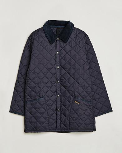 Barbour Lifestyle Classic Liddesdale Jacket Navy i gruppen Jackor / Quiltade jackor hos Care of Carl (10004811r)