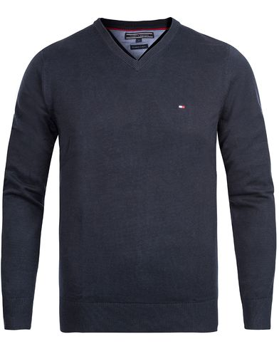 Tommy Hilfiger Pacific V-Neck Midnight i gruppen Tøj / Trøjer / Pullovere / Pullovers med  v-hals hos Care of Carl (10218811r)