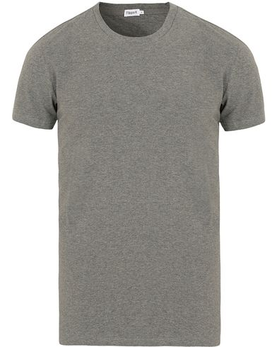 Filippa K Soft Lycra Tee Grey Melange i gruppen T-Shirts / Kortärmade t-shirts hos Care of Carl (10225711r)