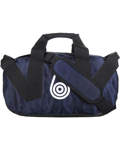 Sail Racing Fusion Weekend Bag 45 Northen Navy  i gruppen Accessoarer / Väskor / Weekendbags hos Care of Carl (10323910)