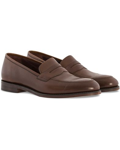 Loake 1880 Whitehall Loafer Dark Brown Burnished Calf i gruppen Sko / Loafers hos Care of Carl (10630811r)