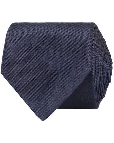 Tiger of Sweden Bardo Tie 7,5 cm Navy  i gruppen Assesoarer / Slips hos Care of Carl (10712310)