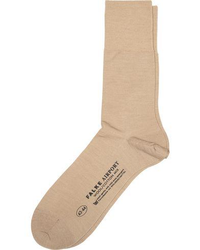 Falke Airport Socks Sand i gruppen Underkläder / Strumpor / Vanliga strumpor hos Care of Carl (10744411r)