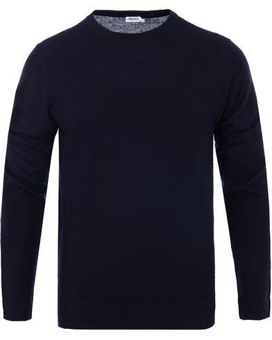 Filippa K Fine Merino R-Neck Pullover Navy i gruppen Tøj / Trøjer / Pullovere / Pullovers med rund hals hos Care of Carl (10795111r)
