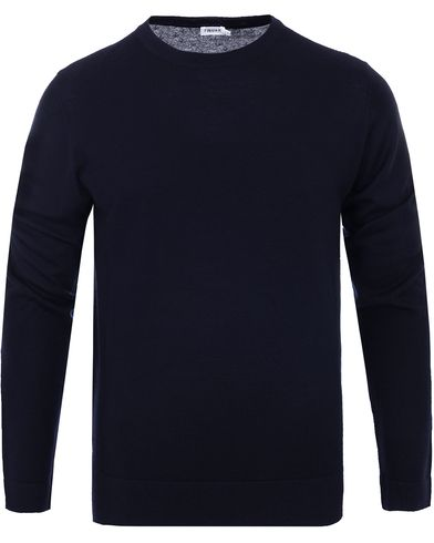 Filippa K Fine Merino R-Neck Pullover Navy i gruppen Design A / Gensere / Pullover / Pullovere rund hals hos Care of Carl (10795111r)