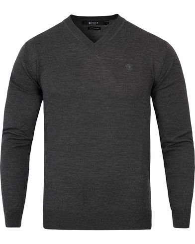 Tiger of Sweden Harvard V-Neck Pullover Dark Grey i gruppen Kläder / Tröjor / Pullovers / V-ringade pullovers hos Care of Carl (10881011r)