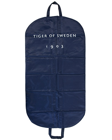 Tiger of Sweden Suit Cover Black   i gruppen Väskor / Kostymfodral hos Care of Carl (10990110)