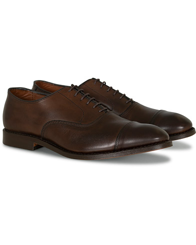 Allen Edmonds Park Avenue Oxford Brown Burnished Calf i gruppen Skor / Oxfords hos Care of Carl (11003211r)