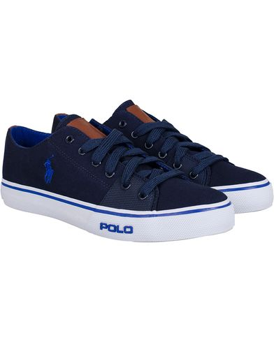 Polo Ralph Lauren Cantor Low-NE Sneaker Navy/Royal i gruppen Skor / Sneakers hos Care of Carl (11123011r)