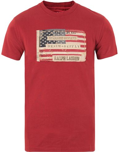 Denim & Supply Ralph Lauren Crew Neck Flag Tee Sailor Red i gruppen Design A / T-Shirts / Kortærmede t-shirts hos Care of Carl (11222911r)