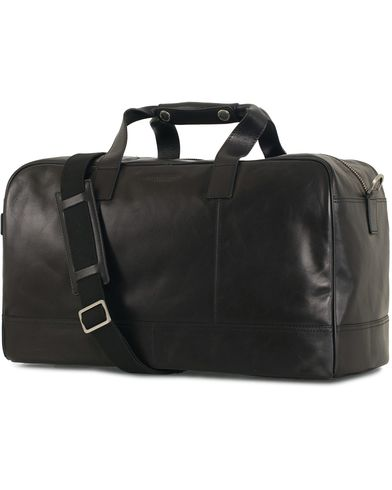 Tiger of Sweden Maisina Weekend Bag Black  i gruppen Assesoarer / Vesker / Weekendbager hos Care of Carl (11437410)