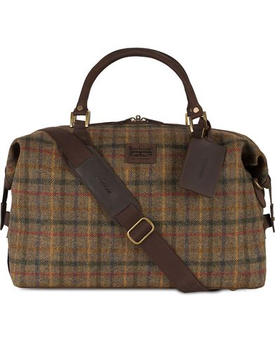 Barbour Lifestyle Tweed Explorer Olive  i gruppen Accessoarer / Väskor / Weekendbags hos Care of Carl (11502410)