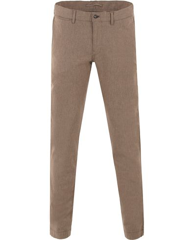 J.Lindeberg Chaze Flannel Twill Chino Light Grey/Brown i gruppen Kläder / Byxor / Flanellbyxor hos Care of Carl (11538911r)