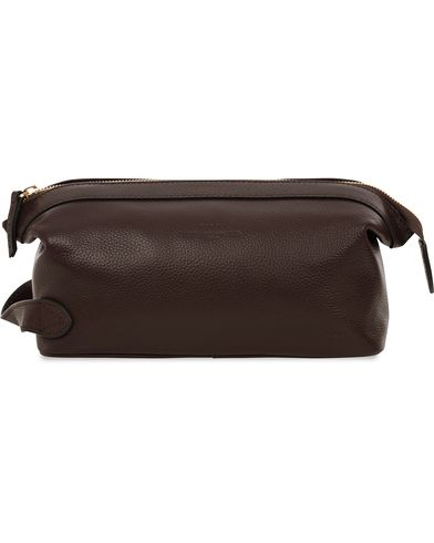 Baron Toilet Bag Brown Leather  i gruppen Assesoarer / Vesker / Toalettmapper hos Care of Carl (11580810)