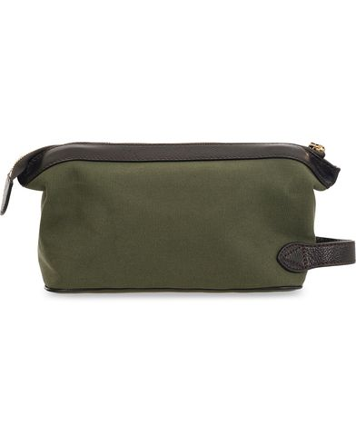 Baron Toilet Bag Green Canvas  i gruppen Väskor / Necessärer hos Care of Carl (11581010)