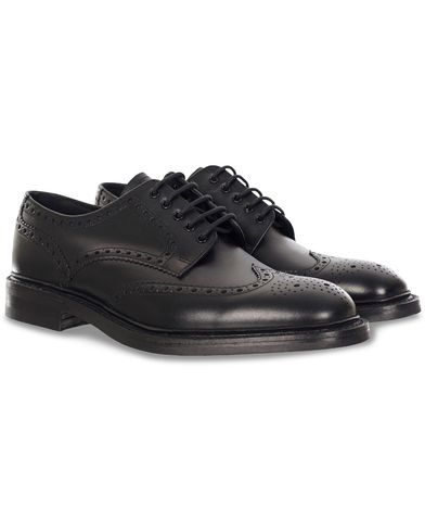 Loake 1880 Chester Dainite Brogue Black Calf i gruppen Sko / Brogues hos Care of Carl (11613311r)