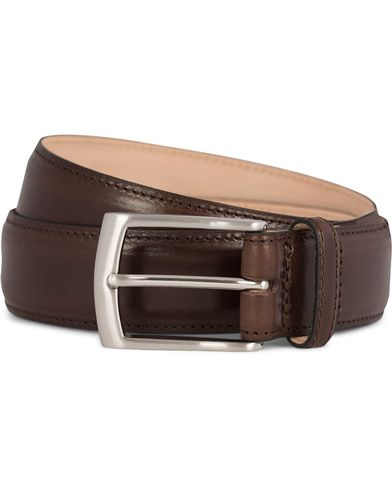 Loake 1880 Henry Leather Belt Dark Brown i gruppen Assesoarer / Belter / Umønstrede belter hos Care of Carl (11631911r)