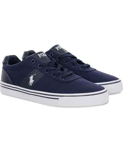 Polo Ralph Lauren Hanford Sneaker Newport Navy i gruppen Skor / Sneakers / Låga sneakers hos Care of Carl (11782311r)