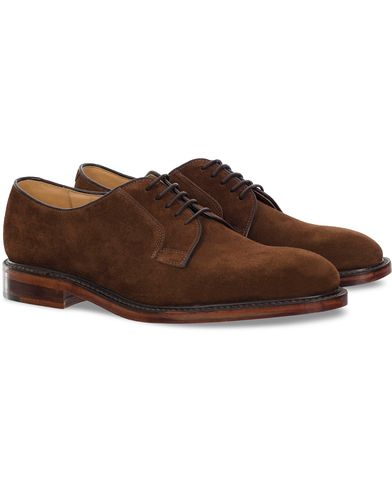 Loake 1880 Perth Derby Dark Brown Suede i gruppen Sko / Derbys hos Care of Carl (11885911r)