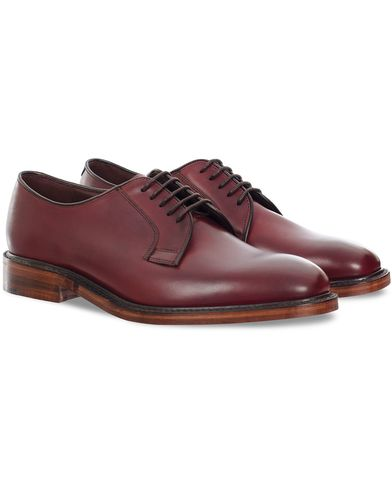 Loake 1880 Perth Derby Burgundy Burnished Calf i gruppen Skor / Derbys hos Care of Carl (11886011r)
