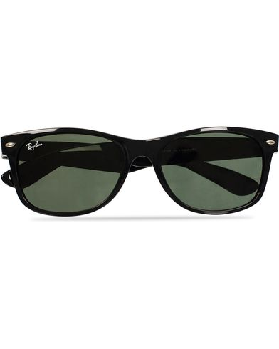 Ray-Ban New Wayfarer Sunglasses Black/Crystal Green  i gruppen Design B / Accessoarer / Solglasögon / D-formade solglasögon hos Care of Carl (11948210)