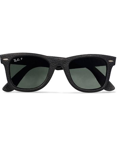 Ray-Ban Wayfarer Leather Polarized Sunglasses Black/Green i gruppen Solbriller hos Care of Carl (11948710)