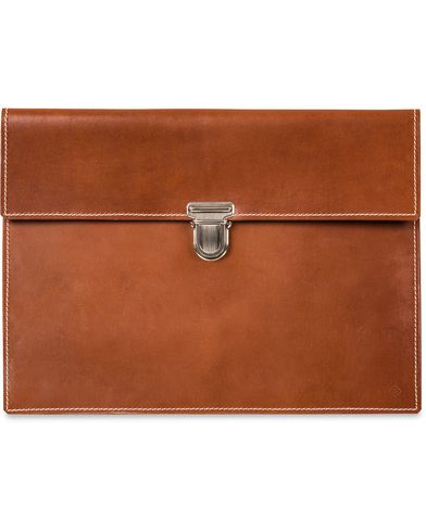 GANT Rugger Leather Slip Case Cognac  i gruppen Assesoarer / Vesker / Dokumentmapper hos Care of Carl (11966110)