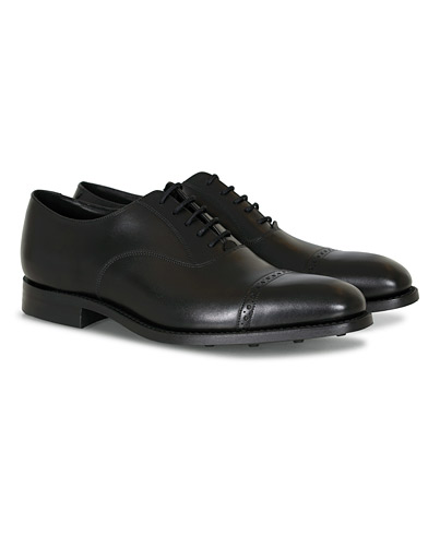 Loake 1880 Cadogan Oxford Black Calf i gruppen Skor hos Care of Carl (12002911r)