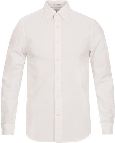 Gant Diamond G The Perfect Oxford Fitted Body Shirt White i gruppen Skjortor / Casual Skjortor hos Care of Carl (12032311r)