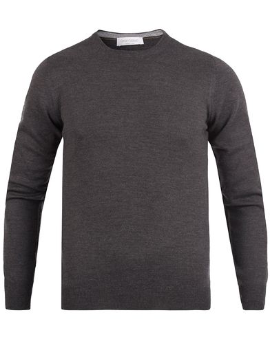 Gran Sasso Merino Fashion Fit C-Neck Pullover Charcoal i gruppen Tr�jor / Pullover / Pullover Rundhals hos Care of Carl (12047711r)