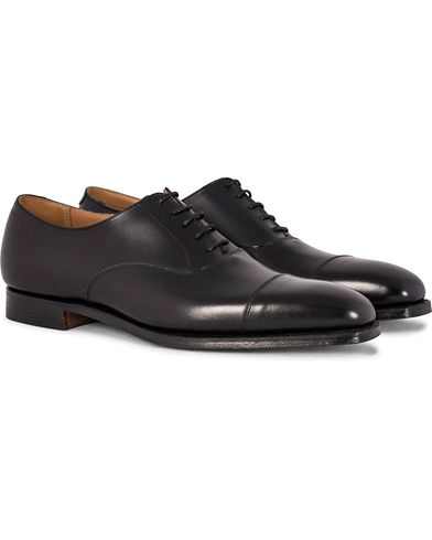 Crockett & Jones Hallam Oxford Black Calf i gruppen Skor / Oxfords hos Care of Carl (12049811r)