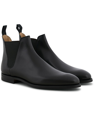 Crockett & Jones Chelsea 8 Boot Black Calf Rubber Sole i gruppen Skor / Kängor / Chelsea boots hos Care of Carl (12051111r)