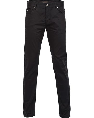 J.Lindeberg Jay Satin Jeans Black i gruppen Jeans / Smala jeans hos Care of Carl (12084511r)