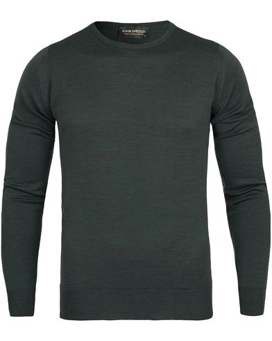 John Smedley Cleves Fine Merino C-Neck Pullover Racing Green i gruppen Design A / Gensere / Pullover / Pullovere rund hals hos Care of Carl (12115911r)