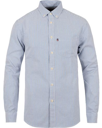 Lexington Kyle Oxford Shirt Blue/White Stripe i gruppen Skjorter / Oxfordskjorter hos Care of Carl (12123111r)