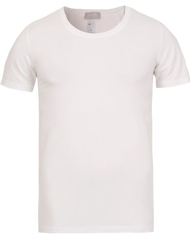 HANRO Cotton Superior C-Neck T-Shirt White i gruppen Kläder / T-Shirts / Kortärmade t-shirts hos Care of Carl (12144111r)