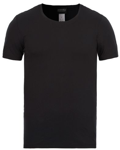 HANRO Cotton Superior C-Neck T-Shirt Black i gruppen T-Shirts / Kortärmade t-shirts hos Care of Carl (12144211r)