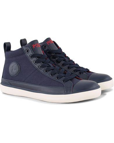 Polo Ralph Lauren Clarke Mid Sneaker Newport Navy i gruppen Sko / Sneakers / Sneakers med høyt skaft hos Care of Carl (12158711r)