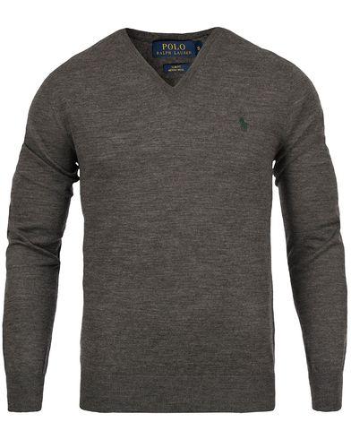 Polo Ralph Lauren Merino V-Neck Pullover Grey i gruppen Gensere / Pullover / Pullovers v-hals hos Care of Carl (12167611r)