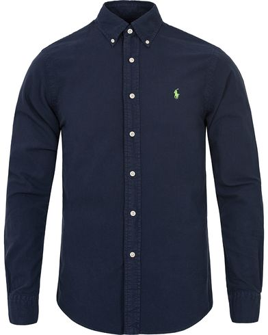 Polo Ralph Lauren Slim Fit Oxford Shirt Newport Navy i gruppen Kläder / Skjortor / Oxfordskjortor hos Care of Carl (12201911r)