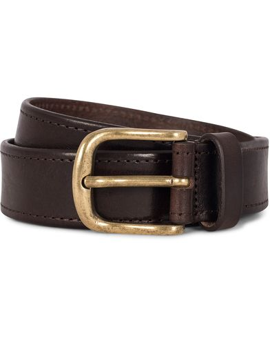 Morris Leather 3,5 cm Jeans Belt Dark Brown i gruppen Assesoarer / Belter / Umønstrede belter hos Care of Carl (12212211r)