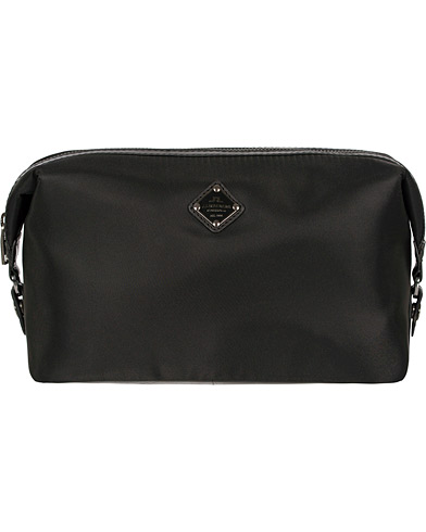 J.Lindeberg S-Washbag Leather/Nylon Black  i gruppen Väskor / Necessärer hos Care of Carl (12218110)