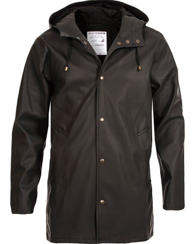 Stutterheim Arholma Raincoat Black i gruppen Jakker / Regnjakker hos Care of Carl (12244511r)
