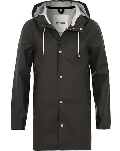 Stutterheim Stockholm Raincoat Black i gruppen Jackor / Regnjackor hos Care of Carl (12244711r)