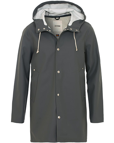 Stutterheim Stockholm Raincoat Charcoal i gruppen Jackor / Regnjackor hos Care of Carl (12244911r)