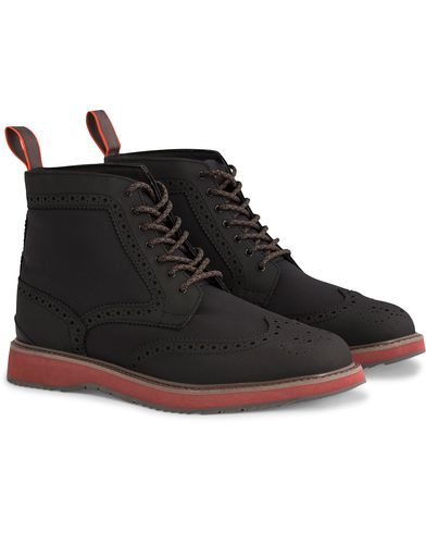 Swims Barry Brogue High Black i gruppen Sko / Støvler / Snørestøvler hos Care of Carl (12272111r)